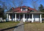 Foreclosed Home in Wakefield 23888 102 W MAIN ST - Property ID: 4234306
