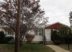 Foreclosed Home in North Providence 2911 50 METCALF AVE - Property ID: 4234411