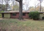 Foreclosed Home in Jackson 39204 2375 GLENN ST - Property ID: 4234687
