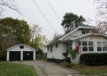 Foreclosed Home in Flint 48507 951 CRAWFORD ST - Property ID: 4234723