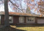 Foreclosed Home in Belleville 62221 700 FORT HENRY RD - Property ID: 4234847