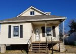 Foreclosed Home in Essex 21221 421 LORRAINE AVE - Property ID: 4235744