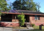 Foreclosed Home in Raceland 70394 581 SAINT LOUIS ST - Property ID: 4235775