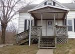 Foreclosed Home in Chester 62233 315 3RD ST - Property ID: 4236642