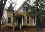 Foreclosed Home in Shelbyville 46176 12 W FRANKLIN ST - Property ID: 4237136