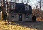 Foreclosed Home in Stanford 40484 1385 KY HIGHWAY 698 - Property ID: 4237144