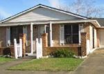 Foreclosed Home in Houma 70363 52 KILLARNEY LOOP - Property ID: 4237405