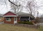 Foreclosed Home in Alsip 60803 11649 S TROY DR - Property ID: 4237803