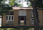 Foreclosed Home in Springfield 62702 2320 STOKEBRIDGE RD - Property ID: 4237884