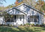 Foreclosed Home in Pearl River 70452 39093 PATRICIA ST - Property ID: 4237964
