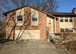 Foreclosed Home in Belleville 62223 7713 WESTCHESTER DR - Property ID: 4238328