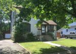 Foreclosed Home in Kenilworth 7033 631 BLOOMINGDALE AVE - Property ID: 4238857
