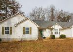 Foreclosed Home in Winder 30680 413 FOXDALE RD - Property ID: 4238866