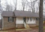 Foreclosed Home in Woodlawn 37191 3312 BACKRIDGE RD - Property ID: 4239749