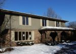 Foreclosed Home in Naperville 60540 1317 E GARTNER RD - Property ID: 4240205