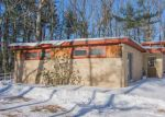 Foreclosed Home in Pelham 3076 82 PELHAM RD - Property ID: 4240346