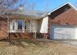 Foreclosed Home in Clarksville 37042 3826 MARLA CIR - Property ID: 4240615
