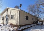Foreclosed Home in Brighton 62012 16537 CEDAR CRST - Property ID: 4240834