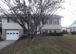 Foreclosed Home in Wernersville 19565 10 E GLEN TILT AVE - Property ID: 4241009