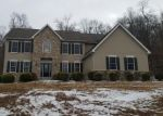 Foreclosed Home in Dillsburg 17019 8 ELICKER RD - Property ID: 4241056