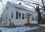 Foreclosed Home in Alton 62002 613 BOND ST - Property ID: 4241422