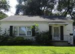 Foreclosed Home in Green Bay 54302 1912 PREBLE AVE - Property ID: 4242105