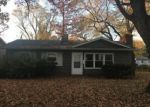 Foreclosed Home in East Saint Louis 62206 125 SAINT BARBARA LN - Property ID: 4242787