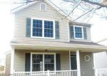 Foreclosed Home in Louisville 40258 6211 MARAVIAN DR - Property ID: 4242842