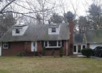 Foreclosed Home in Huntington Station 11746 578 OLD COUNTRY RD - Property ID: 4243267