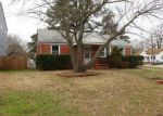 Foreclosed Home in Norfolk 23513 6151 WAYNE CIR - Property ID: 4243463