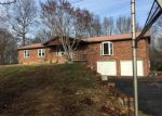 Foreclosed Home in Columbia 42728 8404 KNIFLEY RD - Property ID: 4244751
