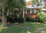 Foreclosed Home in Sweetwater 37874 305 BORDEN ST - Property ID: 4245107