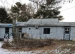 Foreclosed Home in Lakeville 2347 66 HIGHLAND RD - Property ID: 4245340