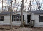 Foreclosed Home in Warrenton 63383 26091 PENDLETON LOST CREEK RD - Property ID: 4245663