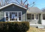 Foreclosed Home in Mount Vernon 62864 518 N 11TH ST - Property ID: 4246841