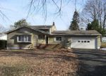Foreclosed Home in Rochester 14624 10 MARIPOSA DR - Property ID: 4247862