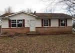 Foreclosed Home in Paris 40361 105 HILL N DELL RD - Property ID: 4248093