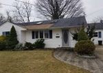 Foreclosed Home in Massapequa 11758 360 N VIRGINIA AVE - Property ID: 4248932