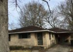 Foreclosed Home in Baton Rouge 70812 5170 ASTORIA DR - Property ID: 4249279