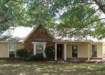 Foreclosed Home in Memphis 38133 2406 FLETCHER GLEN DR - Property ID: 4249443