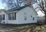 Foreclosed Home in Trenton 38382 1127 S HIGH ST - Property ID: 4249481