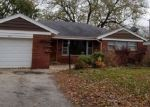 Foreclosed Home in Oak Lawn 60453 4101 DEAN DR - Property ID: 4249584