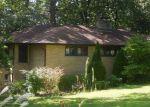 Foreclosed Home in La Grange 60525 6344 BLACKHAWK TRL - Property ID: 4249597