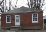 Foreclosed Home in Louisville 40214 6126 LONE OAK TRL - Property ID: 4249673