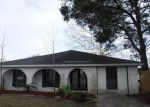 Foreclosed Home in Chalmette 70043 3617 ROSE ST - Property ID: 4249694