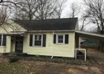 Foreclosed Home in West Memphis 72301 1925 N MCAULEY DR - Property ID: 4249857