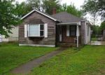 Foreclosed Home in Wood River 62095 300 WOODLAND AVE - Property ID: 4249968