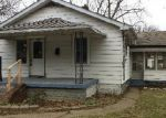Foreclosed Home in Jeffersonville 47130 1508 E 8TH ST - Property ID: 4250037