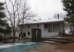 Foreclosed Home in Vine Grove 40175 709 HARDIN ST - Property ID: 4250066
