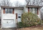 Foreclosed Home in Newburg 20664 12424 PINECREST LN - Property ID: 4250116